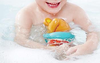 Bebés • Hora del baño